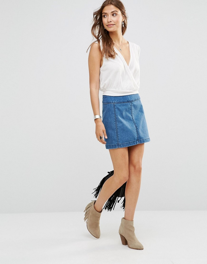 Zip To It Denim Mini Skirt Chloe Wash - length: mini; pattern: plain; fit: body skimming; waist detail: elasticated waist; waist: mid/regular rise; predominant colour: denim; occasions: casual; style: mini skirt; fibres: cotton - 100%; texture group: denim; pattern type: fabric; season: s/s 2016