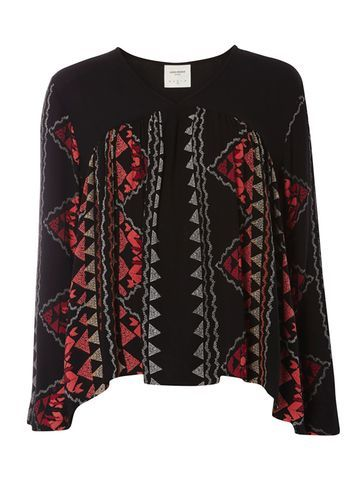 Womens **Vero Moda Scarf Print Blouse/ Black - secondary colour: true red; predominant colour: black; occasions: casual; length: standard; style: top; fibres: polyester/polyamide - 100%; fit: body skimming; neckline: crew; sleeve length: long sleeve; sleeve style: standard; pattern type: fabric; pattern size: standard; pattern: patterned/print; texture group: other - light to midweight; multicoloured: multicoloured; season: s/s 2016; wardrobe: highlight