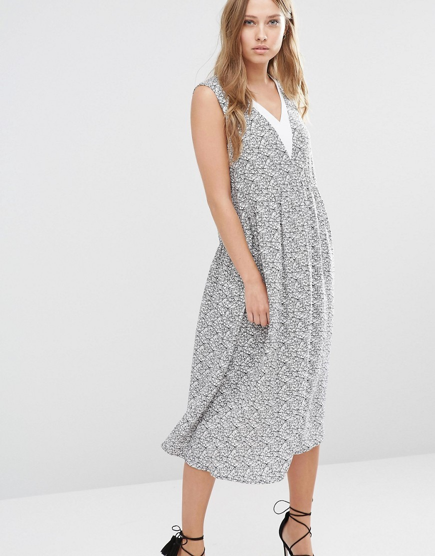 Cell Smock Midi Dress Print - length: calf length; neckline: v-neck; sleeve style: sleeveless; style: sundress; predominant colour: light grey; secondary colour: light grey; occasions: casual; fit: body skimming; fibres: polyester/polyamide - 100%; sleeve length: sleeveless; pattern type: fabric; pattern: patterned/print; texture group: other - light to midweight; season: s/s 2016