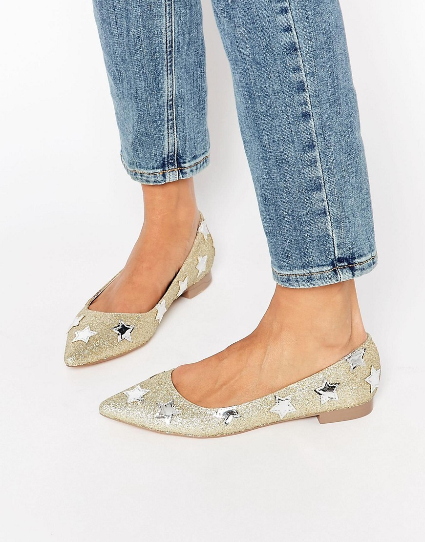 Lourdes Pointed Star Ballet Flats Gold - predominant colour: gold; occasions: casual, creative work; material: fabric; heel height: flat; toe: pointed toe; style: ballerinas / pumps; finish: metallic; pattern: plain; embellishment: applique; season: s/s 2016; wardrobe: basic