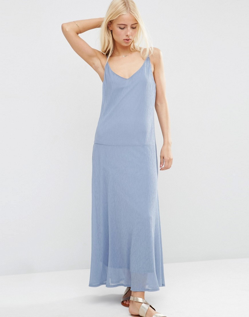 V Neck Crinkle Dropped Waist Maxi Blue - neckline: low v-neck; pattern: plain; sleeve style: sleeveless; style: maxi dress; length: ankle length; predominant colour: pale blue; occasions: casual; fit: body skimming; fibres: polyester/polyamide - 100%; sleeve length: sleeveless; pattern type: fabric; texture group: other - light to midweight; season: s/s 2016; wardrobe: highlight