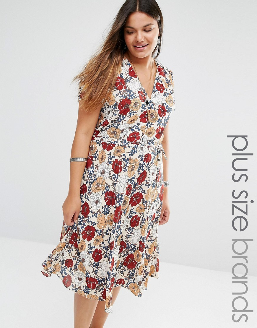 Floral Print Skater Tea Dress Multi - style: shift; length: below the knee; neckline: v-neck; predominant colour: white; secondary colour: burgundy; occasions: casual; fit: soft a-line; fibres: polyester/polyamide - 100%; sleeve length: short sleeve; sleeve style: standard; texture group: cotton feel fabrics; pattern type: fabric; pattern size: standard; pattern: florals; season: s/s 2016; wardrobe: highlight