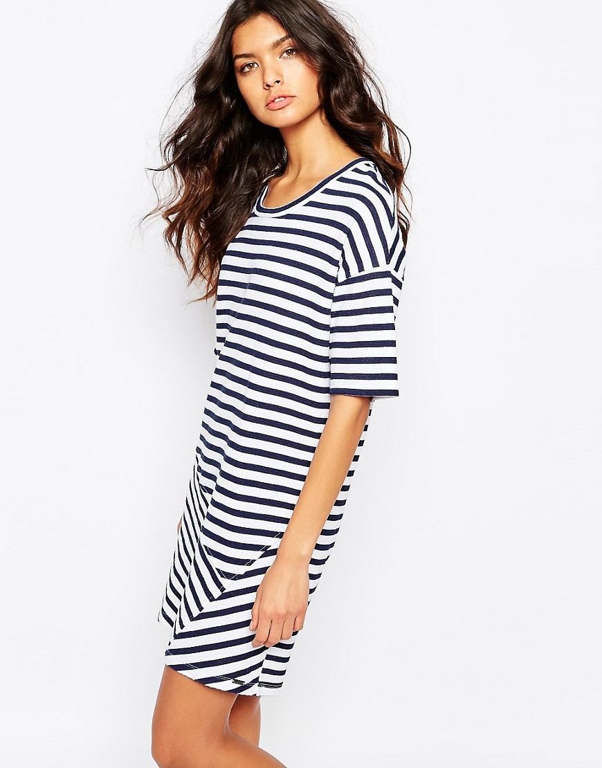 Derstripe T Shirt Dress 403 Dark Blue - style: t-shirt; neckline: round neck; pattern: striped; predominant colour: white; secondary colour: navy; occasions: casual; length: just above the knee; fit: body skimming; fibres: cotton - 100%; sleeve length: half sleeve; sleeve style: standard; pattern type: fabric; texture group: jersey - stretchy/drapey; multicoloured: multicoloured; season: s/s 2016