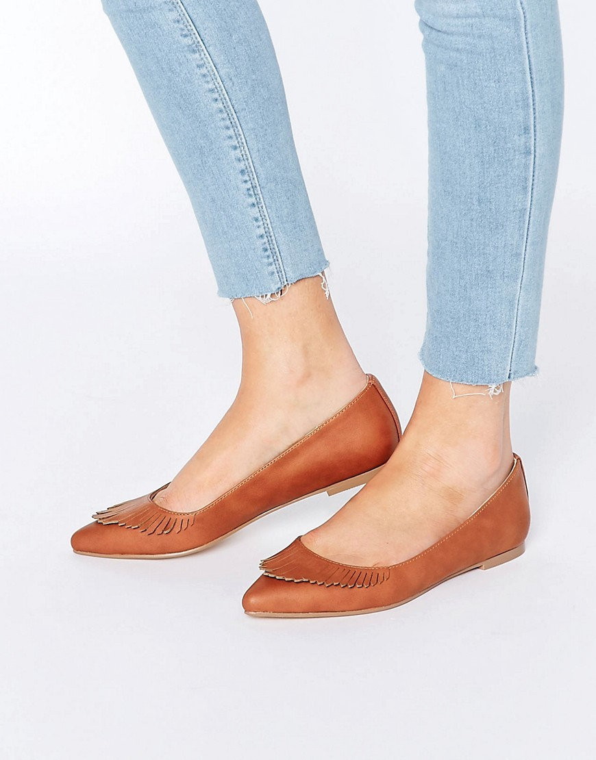 Limbo Fringed Pointed Ballet Flats Tan - predominant colour: tan; occasions: casual, creative work; material: faux leather; heel height: flat; toe: pointed toe; style: ballerinas / pumps; finish: plain; pattern: plain; season: s/s 2016; wardrobe: highlight
