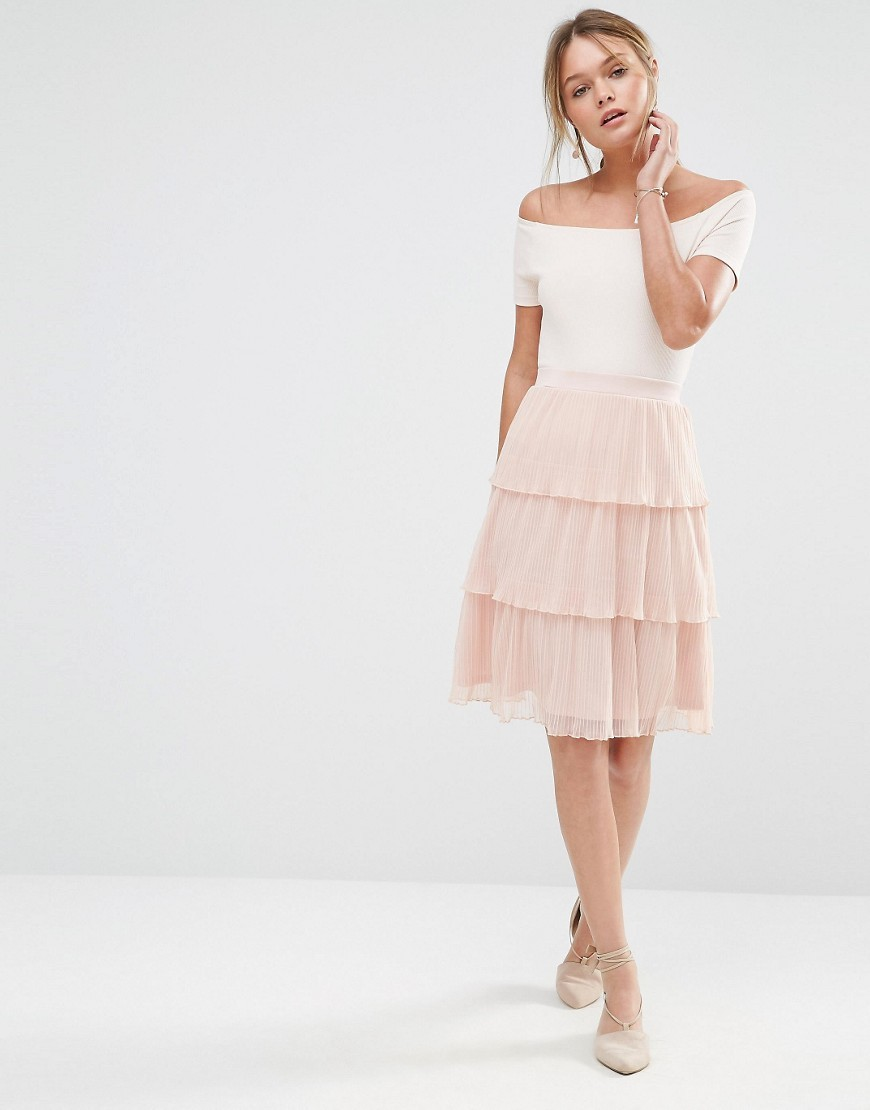Mesh Tiered Skirt Pink - pattern: plain; fit: loose/voluminous; style: tiered; waist: high rise; predominant colour: blush; occasions: evening; length: on the knee; fibres: polyester/polyamide - 100%; texture group: sheer fabrics/chiffon/organza etc.; pattern type: fabric; season: s/s 2016; wardrobe: event