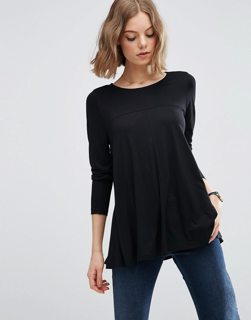 Top In Swing Shape With Long Sleeve Black - neckline: round neck; pattern: plain; length: below the bottom; predominant colour: black; occasions: casual, work, creative work; style: top; fibres: viscose/rayon - 100%; fit: loose; sleeve length: long sleeve; sleeve style: standard; pattern type: fabric; texture group: jersey - stretchy/drapey; season: s/s 2016; wardrobe: basic