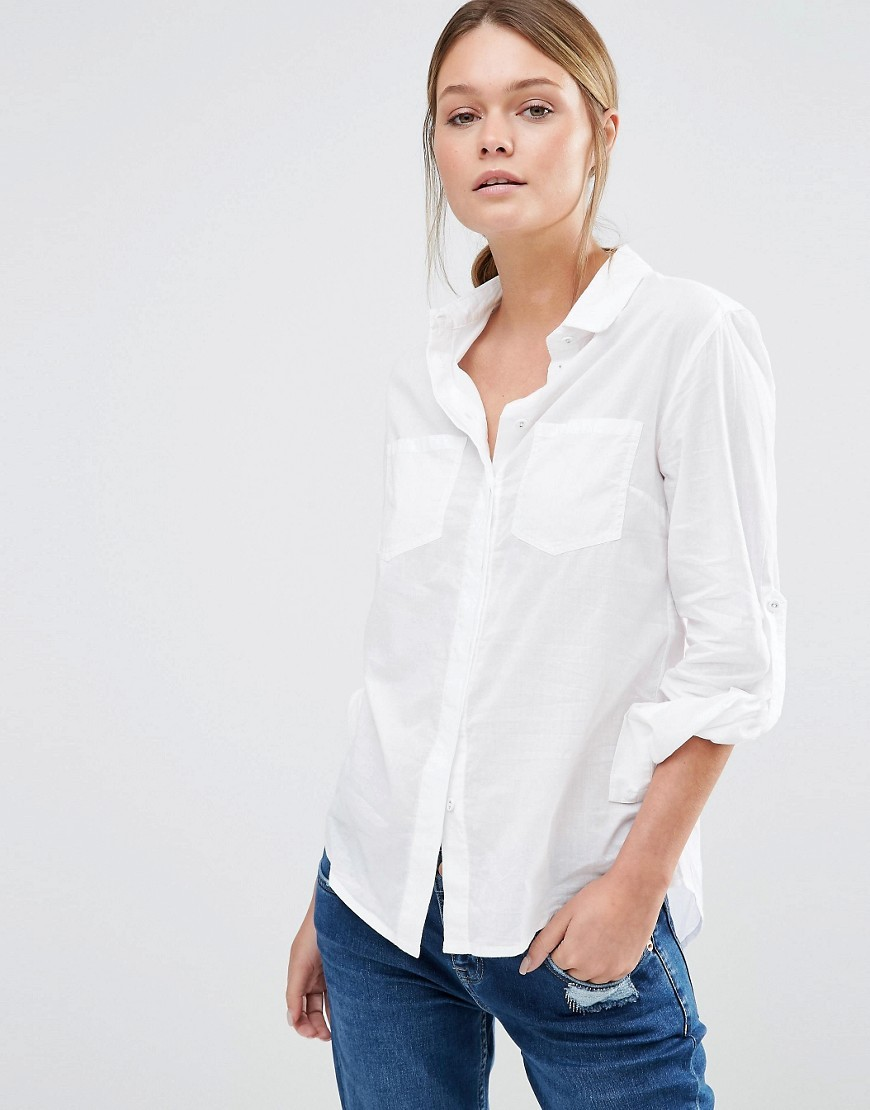Casual Shirt White - neckline: shirt collar/peter pan/zip with opening; pattern: plain; style: shirt; predominant colour: white; occasions: casual; length: standard; fibres: cotton - 100%; fit: body skimming; sleeve length: long sleeve; sleeve style: standard; texture group: cotton feel fabrics; pattern type: fabric; season: s/s 2016; wardrobe: basic