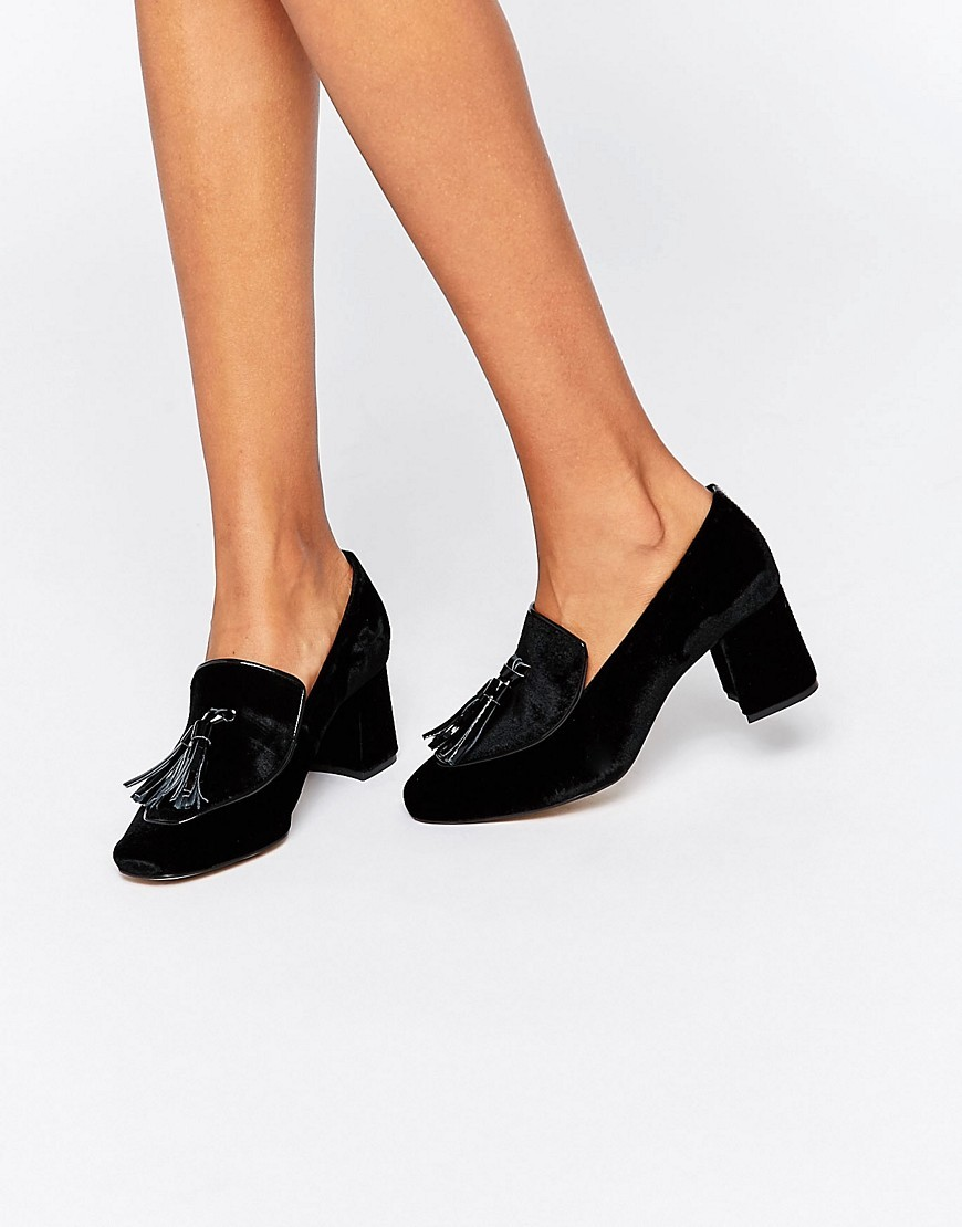 Kg Kurt Geiger Alexa Tassle Heeled Shoes Black Patent/Leather - predominant colour: black; occasions: work, creative work; material: leather; heel height: high; embellishment: tassels; heel: block; toe: round toe; style: courts; finish: patent; pattern: plain; season: s/s 2016; wardrobe: investment