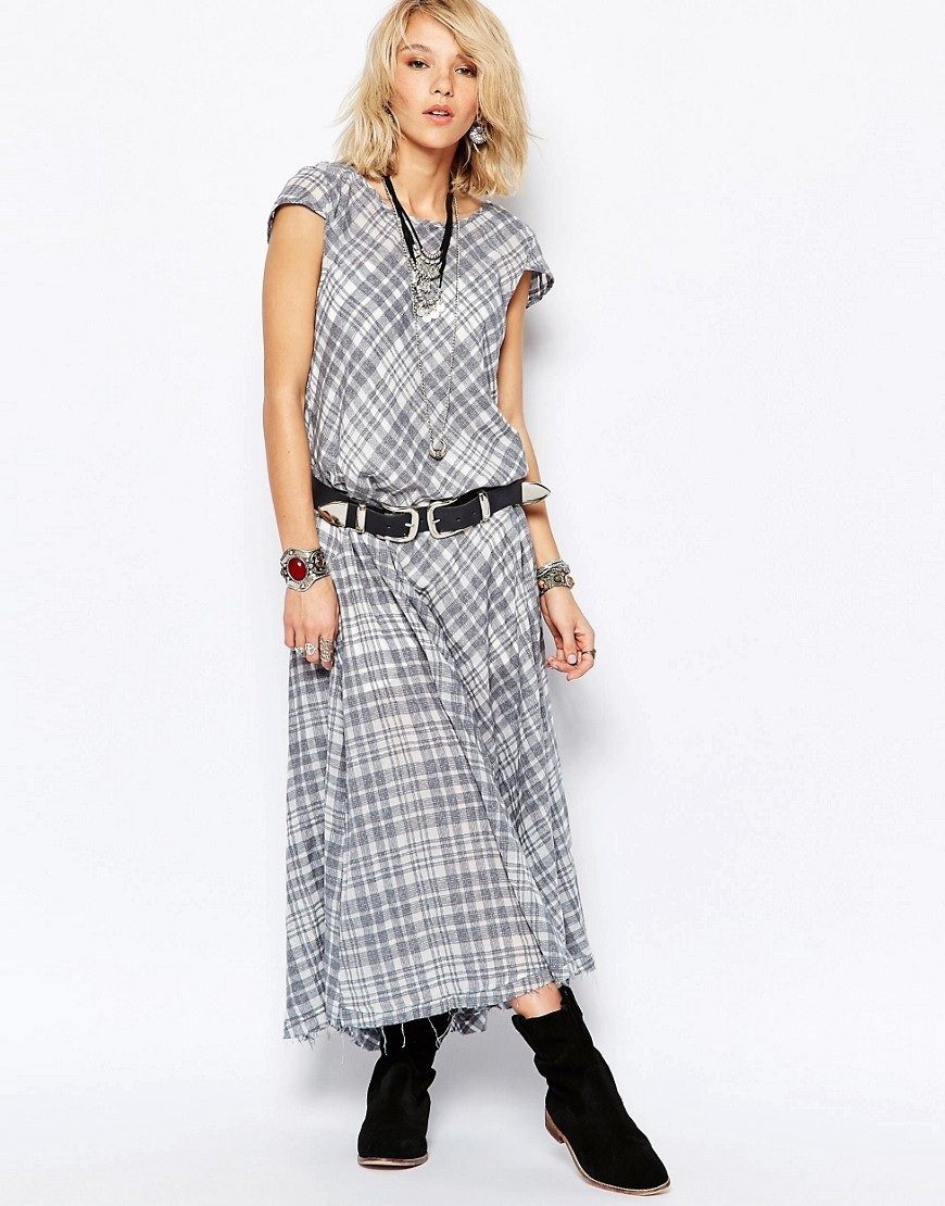 Priscilla Midi Dress Grey/Wht Plaid - sleeve style: capped; style: maxi dress; pattern: checked/gingham; length: ankle length; predominant colour: white; secondary colour: mid grey; occasions: casual; fit: body skimming; fibres: cotton - 100%; neckline: crew; hip detail: soft pleats at hip/draping at hip/flared at hip; sleeve length: short sleeve; pattern type: fabric; texture group: other - light to midweight; multicoloured: multicoloured; season: s/s 2016; wardrobe: highlight