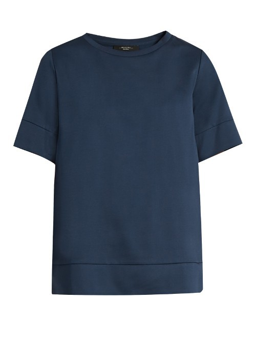 Edere T Shirt - pattern: plain; style: t-shirt; predominant colour: navy; occasions: casual; length: standard; fibres: cotton - 100%; fit: body skimming; neckline: crew; sleeve length: short sleeve; sleeve style: standard; texture group: cotton feel fabrics; pattern type: fabric; season: s/s 2016; wardrobe: basic