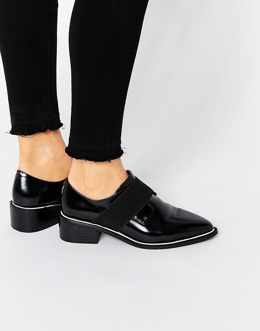 Mix It Up Elastic Detail Pointed Flat Shoes Black - predominant colour: black; occasions: casual, creative work; material: faux leather; heel height: flat; toe: pointed toe; style: loafers; finish: patent; pattern: plain; season: s/s 2016; wardrobe: basic