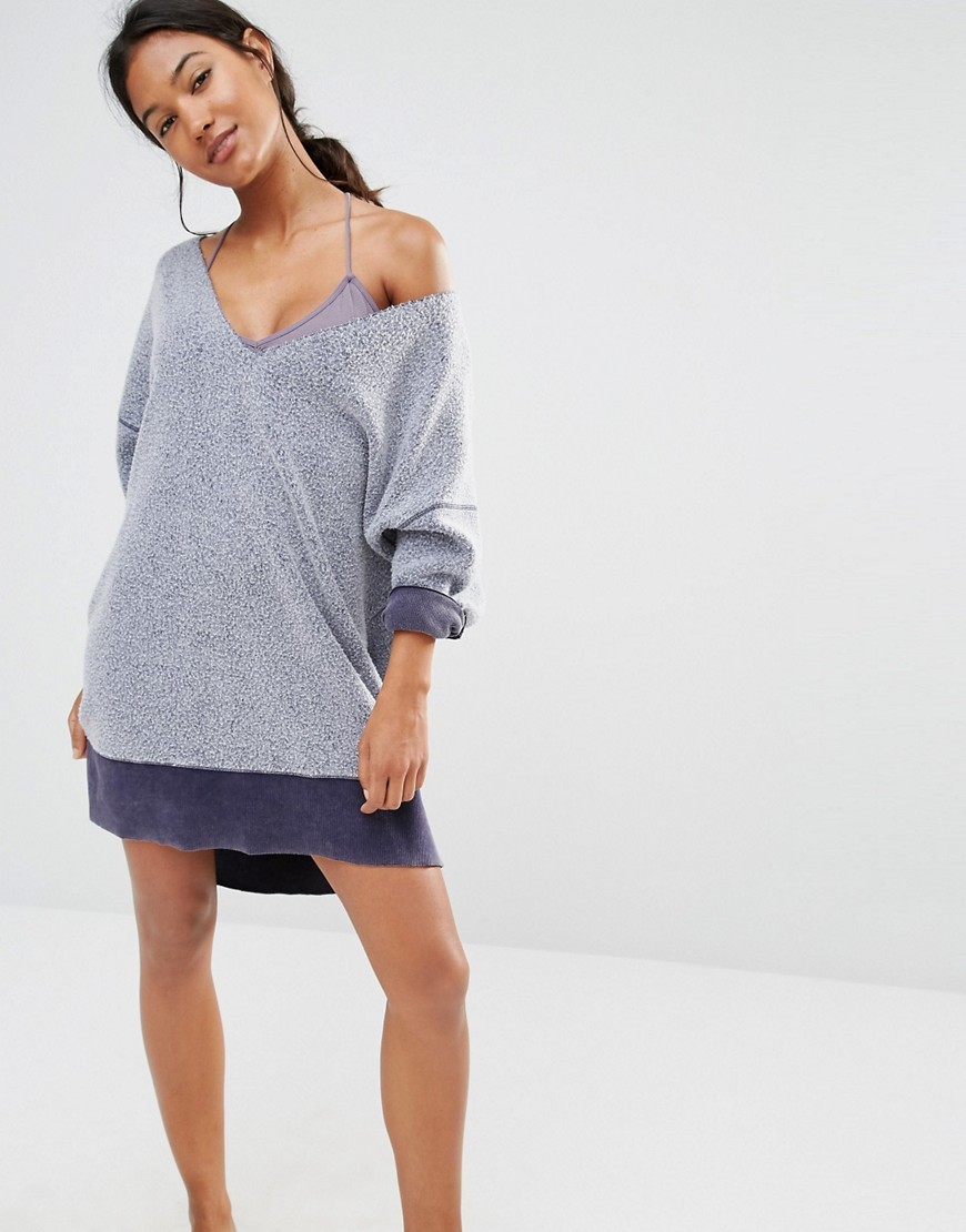 All About It Jumper Blue 5413 - neckline: off the shoulder; pattern: plain; length: below the bottom; style: standard; secondary colour: navy; predominant colour: light grey; occasions: casual; fibres: cotton - mix; fit: loose; sleeve length: long sleeve; sleeve style: standard; texture group: knits/crochet; pattern type: fabric; multicoloured: multicoloured; season: s/s 2016