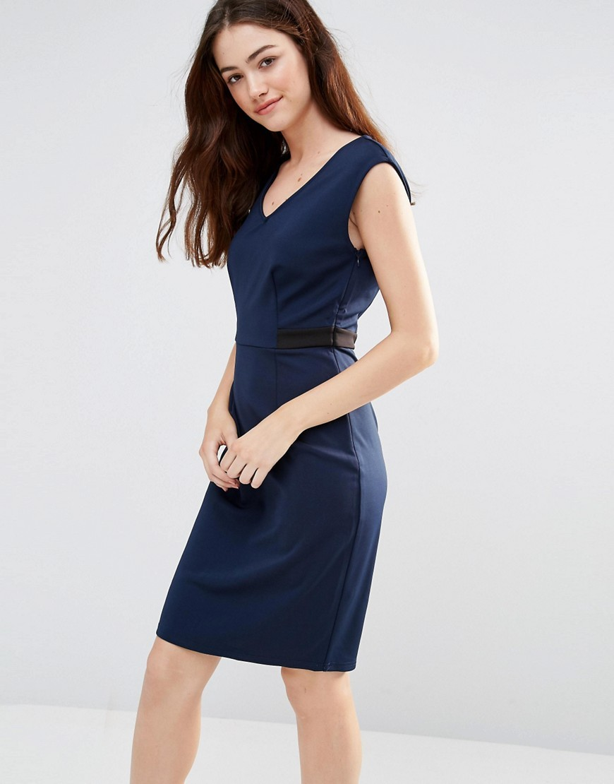 Felicity Bodycon Dress Navy/Black - style: shift; length: mid thigh; neckline: v-neck; fit: tailored/fitted; sleeve style: sleeveless; predominant colour: navy; secondary colour: black; occasions: evening; fibres: polyester/polyamide - stretch; sleeve length: sleeveless; pattern type: fabric; pattern size: light/subtle; pattern: colourblock; texture group: jersey - stretchy/drapey; season: s/s 2016; wardrobe: event