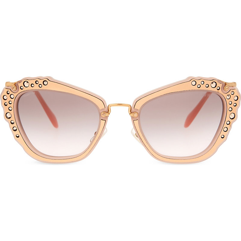 Mu04 Qs Noir Cat Eye Sunglasses, Women's, Pink - predominant colour: blush; occasions: casual, holiday; style: cateye; size: standard; material: plastic/rubber; pattern: plain; finish: plain; season: s/s 2016; wardrobe: basic