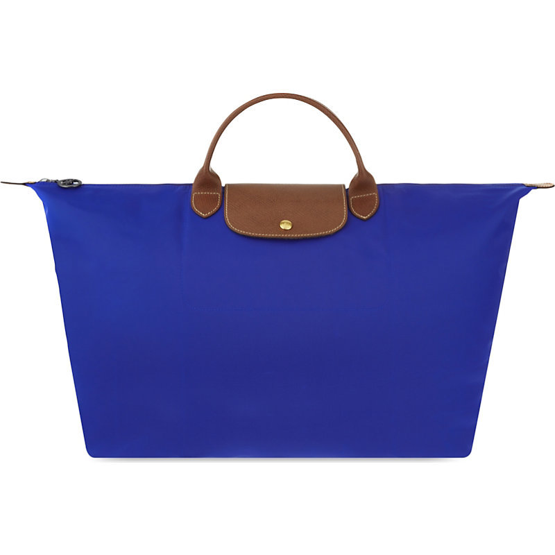 Le Pliage Medium Travel Bag, Women's, Blue - predominant colour: royal blue; secondary colour: chocolate brown; occasions: casual, creative work; type of pattern: standard; style: tote; length: handle; size: standard; material: fabric; pattern: plain; finish: plain; season: s/s 2016