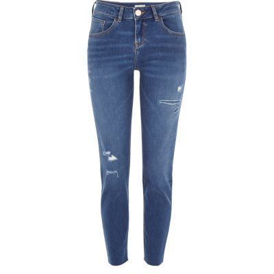 Womens Blue Wash Alannah Relaxed Skinny Jeans - style: skinny leg; pattern: plain; pocket detail: traditional 5 pocket; waist: mid/regular rise; predominant colour: denim; occasions: casual; length: ankle length; fibres: cotton - stretch; texture group: denim; pattern type: fabric; season: s/s 2016