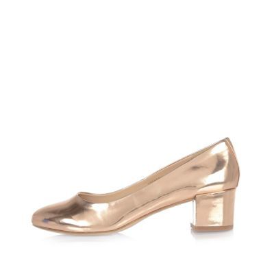 Womens Patent Rose Gold Block Heel Ballerina Shoes - predominant colour: gold; occasions: work, creative work; material: faux leather; heel height: mid; heel: block; toe: round toe; style: courts; finish: metallic; pattern: plain; season: s/s 2016; wardrobe: highlight