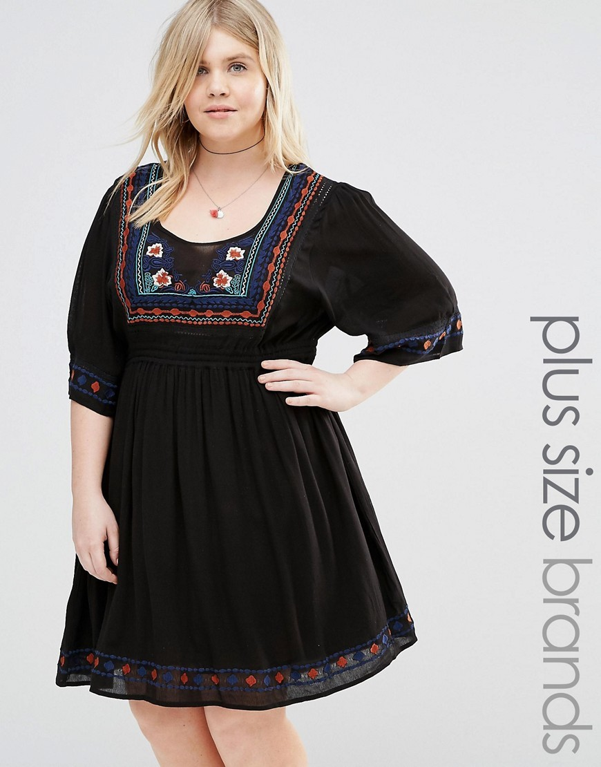 Flutter Sleeve Dress With Embroidery Black - predominant colour: black; occasions: casual; length: just above the knee; fit: fitted at waist & bust; style: fit & flare; neckline: scoop; fibres: polyester/polyamide - 100%; sleeve length: 3/4 length; sleeve style: standard; pattern type: fabric; pattern: patterned/print; texture group: other - light to midweight; embellishment: embroidered; multicoloured: multicoloured; season: s/s 2016