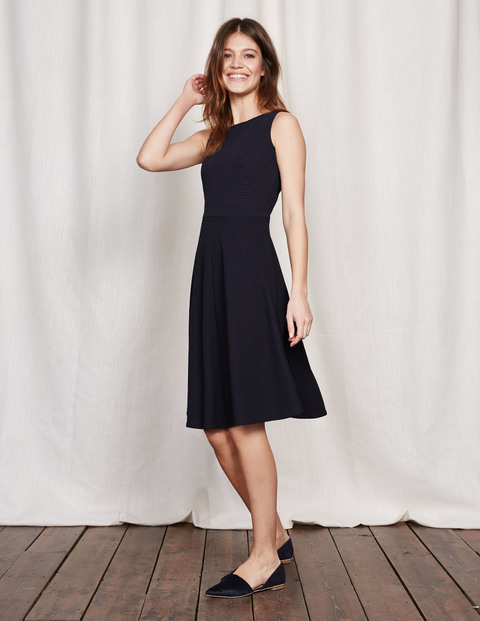 Hattie Fit & Flare Dress Navy Women, Navy - pattern: plain; sleeve style: sleeveless; predominant colour: navy; occasions: evening; length: on the knee; fit: fitted at waist & bust; style: fit & flare; fibres: cotton - mix; neckline: crew; sleeve length: sleeveless; pattern type: fabric; texture group: other - light to midweight; season: s/s 2016; wardrobe: event