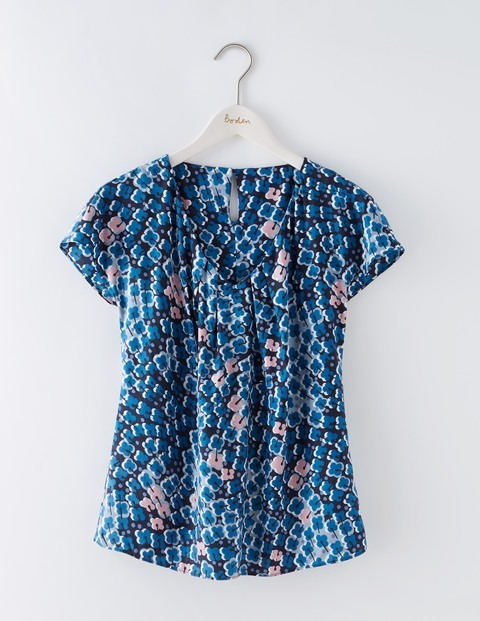 V Neck Ravello Blues Trailing Floral Women, Blues Trailing Floral - neckline: v-neck; sleeve style: capped; style: t-shirt; secondary colour: blush; predominant colour: teal; occasions: casual; length: standard; fibres: cotton - 100%; fit: straight cut; sleeve length: short sleeve; texture group: cotton feel fabrics; pattern type: fabric; pattern size: standard; pattern: patterned/print; season: s/s 2016