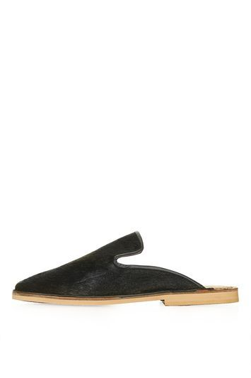 Kalm Mule Loafers - predominant colour: black; occasions: casual, creative work; material: leather; heel height: flat; toe: round toe; finish: plain; pattern: plain; style: mary janes; season: s/s 2016