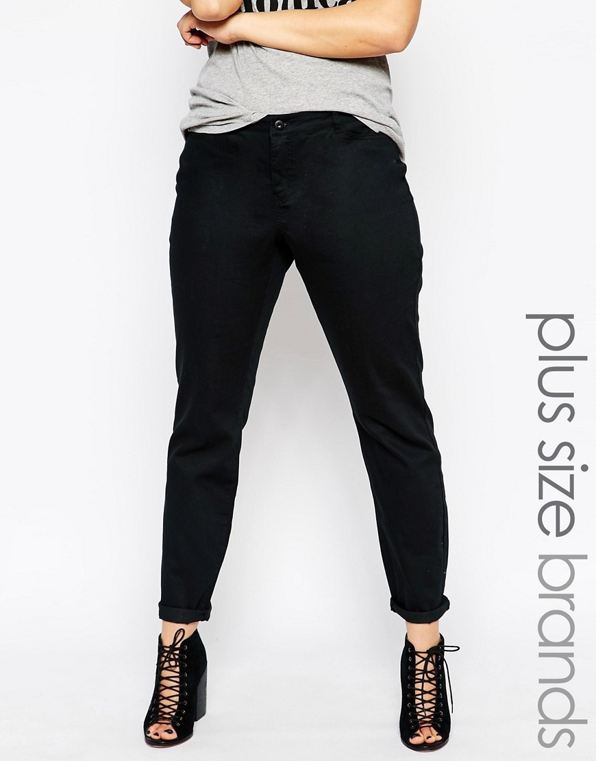 Queen Skinny Jean Black - style: skinny leg; length: standard; pattern: plain; pocket detail: traditional 5 pocket; waist: mid/regular rise; predominant colour: black; occasions: casual; fibres: cotton - stretch; texture group: denim; pattern type: fabric; season: s/s 2016; wardrobe: basic