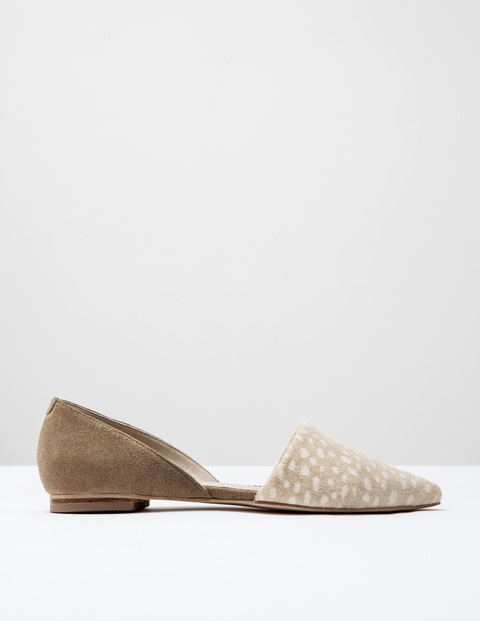 Cleo Flat Point Ivory Spot Pony/Nutmeg Suede Women, Ivory Spot Pony/Nutmeg Suede - predominant colour: ivory/cream; occasions: casual, creative work; material: suede; heel height: flat; toe: pointed toe; style: ballerinas / pumps; finish: plain; pattern: plain; season: s/s 2016; wardrobe: basic