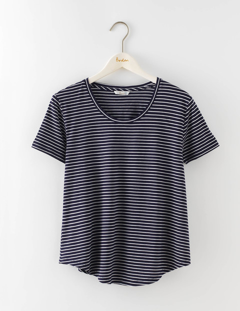 Supersoft Swing Tee Navy/Ivory Stripe Women, Navy/Ivory Stripe - pattern: horizontal stripes; style: t-shirt; secondary colour: ivory/cream; predominant colour: navy; occasions: casual; length: standard; fibres: cotton - mix; fit: body skimming; neckline: crew; sleeve length: short sleeve; sleeve style: standard; pattern type: fabric; texture group: jersey - stretchy/drapey; multicoloured: multicoloured; season: s/s 2016; wardrobe: basic