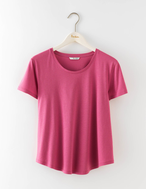 Supersoft Swing Tee Hydrangea Women, Hydrangea - pattern: plain; style: t-shirt; occasions: casual; length: standard; fibres: cotton - mix; fit: body skimming; neckline: crew; sleeve length: short sleeve; sleeve style: standard; pattern type: fabric; texture group: jersey - stretchy/drapey; predominant colour: dusky pink; season: s/s 2016; wardrobe: highlight