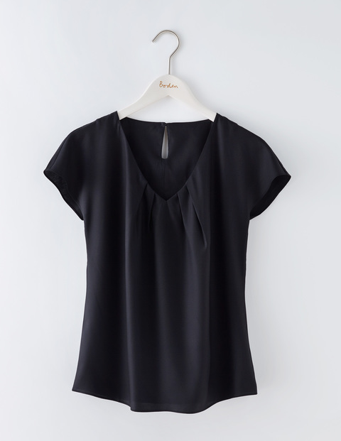 V Neck Ravello Black Women, Black - neckline: v-neck; pattern: plain; predominant colour: black; occasions: casual; length: standard; style: top; fit: body skimming; sleeve length: short sleeve; sleeve style: standard; pattern type: fabric; texture group: jersey - stretchy/drapey; fibres: viscose/rayon - mix; season: s/s 2016; wardrobe: basic