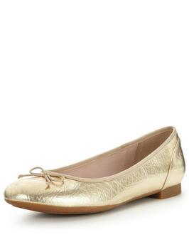 Couture Bloom4 Ballerina Shoe - predominant colour: gold; occasions: casual, creative work; material: faux leather; heel height: flat; toe: round toe; style: ballerinas / pumps; finish: metallic; pattern: plain; season: s/s 2016; trends: metallics