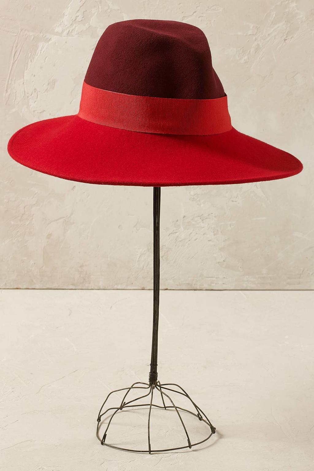 Poppy Colour Block Fedora - predominant colour: true red; secondary colour: burgundy; occasions: casual; type of pattern: standard; style: fedora; size: standard; material: felt; pattern: colourblock; season: s/s 2016; wardrobe: highlight