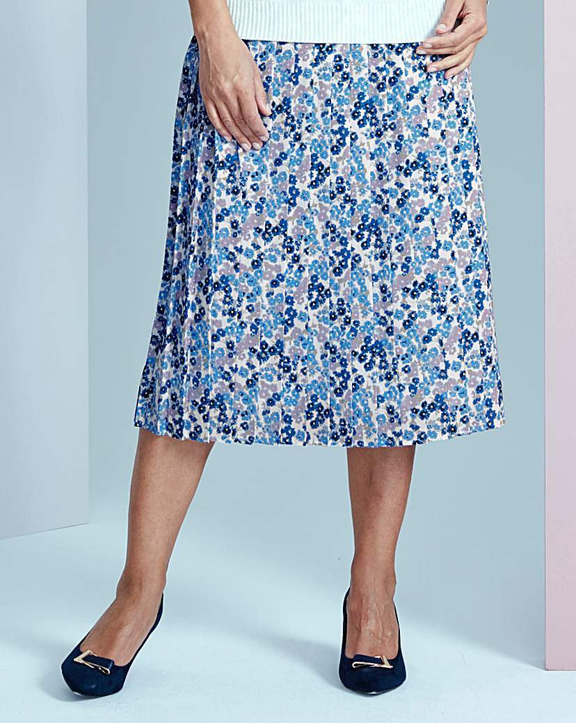 Printed Pleat Skirt 25in - length: below the knee; fit: loose/voluminous; style: pleated; waist: mid/regular rise; predominant colour: diva blue; secondary colour: diva blue; fibres: polyester/polyamide - 100%; hip detail: adds bulk at the hips; pattern type: fabric; pattern: florals; texture group: other - light to midweight; occasions: creative work; pattern size: big & busy (bottom); season: s/s 2016; trends: vivid mix; wardrobe: highlight