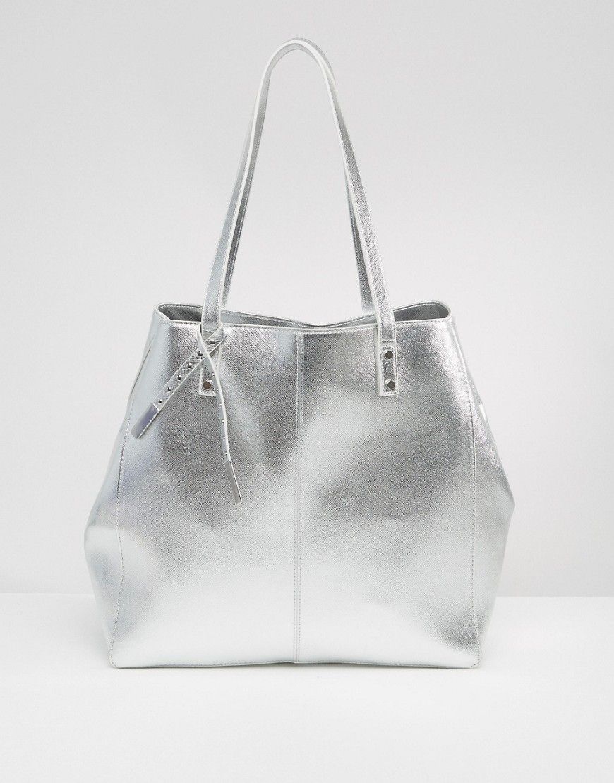 Structured Metallic Shopper Bag Silver - predominant colour: silver; occasions: casual, creative work; type of pattern: standard; style: tote; length: handle; size: standard; material: faux leather; pattern: plain; finish: metallic; season: s/s 2016; wardrobe: highlight