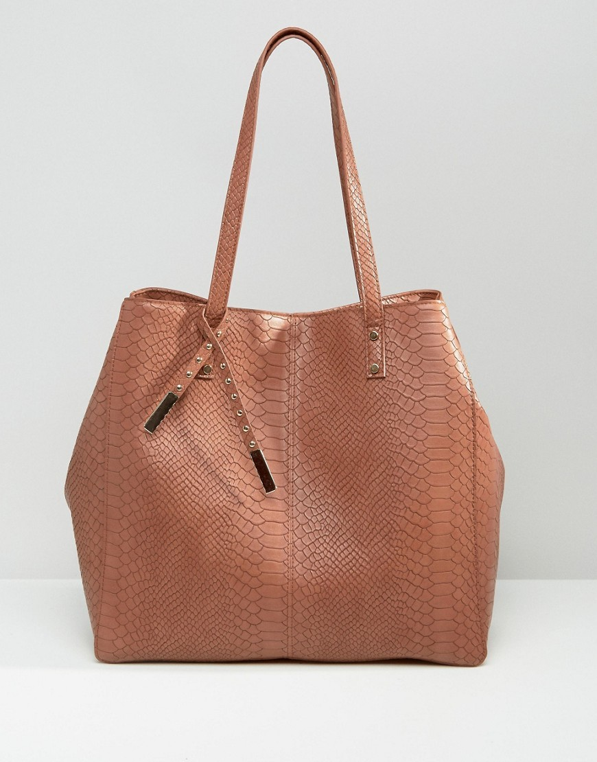 Croc Shopper Bag Chocolate - predominant colour: tan; occasions: casual, creative work; type of pattern: standard; style: tote; length: handle; size: standard; material: faux leather; pattern: plain; finish: plain; season: s/s 2016; wardrobe: highlight