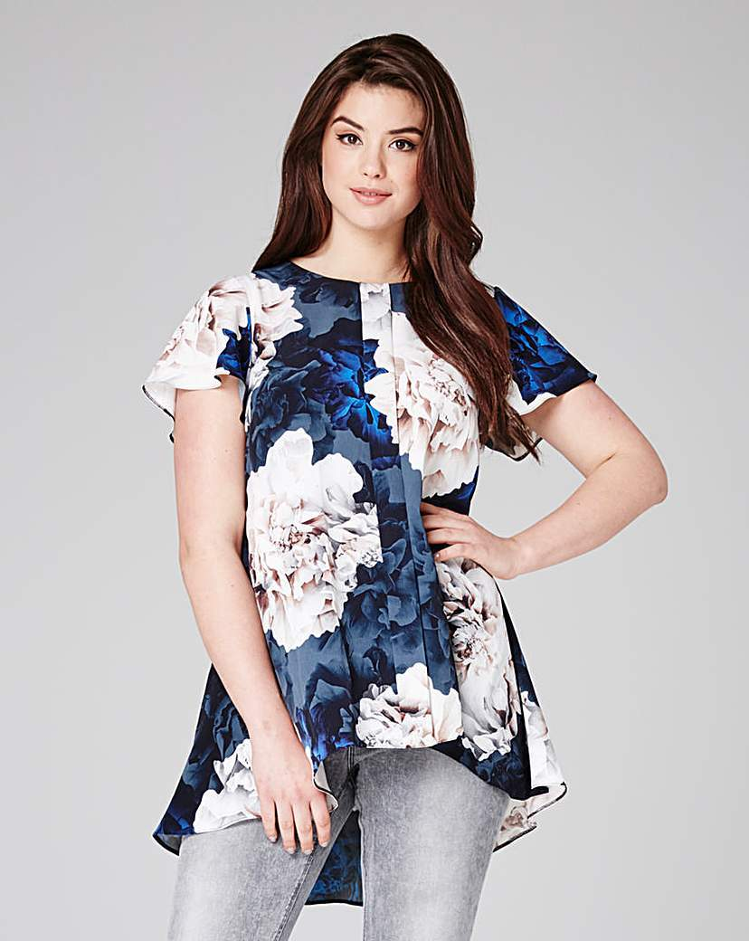 Dipped Back Hem Top - length: below the bottom; secondary colour: white; predominant colour: navy; occasions: casual; style: top; fibres: polyester/polyamide - 100%; fit: body skimming; neckline: crew; sleeve length: short sleeve; sleeve style: standard; pattern type: fabric; pattern: florals; texture group: other - light to midweight; pattern size: big & busy (top); multicoloured: multicoloured; season: s/s 2016; wardrobe: highlight
