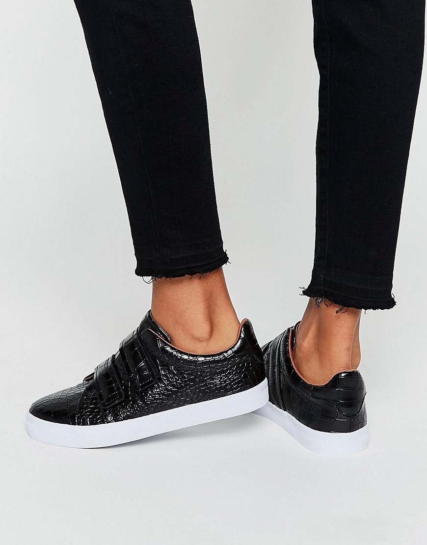 Darko Trainers Black Croc - predominant colour: black; occasions: casual; material: faux leather; heel height: flat; toe: round toe; style: trainers; finish: plain; pattern: plain; season: s/s 2016; wardrobe: basic