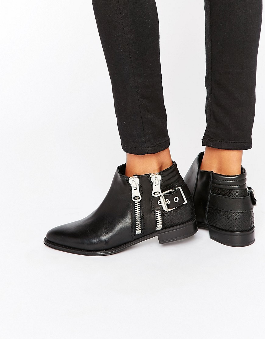 Flat Zip Detail Leather Boots Black Leather - predominant colour: black; occasions: casual, creative work; material: leather; heel height: flat; heel: standard; toe: pointed toe; boot length: ankle boot; style: standard; finish: plain; pattern: plain; season: s/s 2016; wardrobe: basic