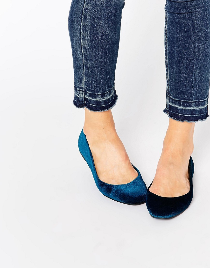 Lassie Ballet Flats Teal - predominant colour: teal; occasions: casual, creative work; material: velvet; heel height: flat; toe: square toe; style: ballerinas / pumps; finish: plain; pattern: plain; season: s/s 2016; wardrobe: highlight