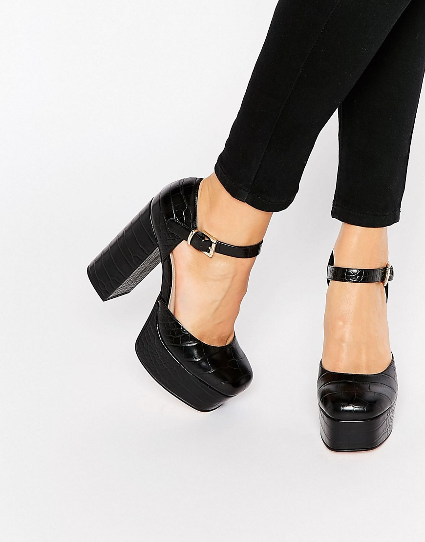 Panama Platform Shoes Black - predominant colour: black; occasions: evening, occasion; material: faux leather; ankle detail: ankle strap; heel: block; toe: round toe; style: courts; finish: patent; pattern: plain; heel height: very high; shoe detail: platform; season: s/s 2016; wardrobe: event
