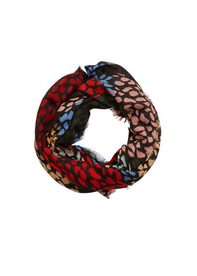 Printed Scarf - predominant colour: true red; secondary colour: black; occasions: casual, creative work; type of pattern: heavy; style: regular; size: standard; material: fabric; pattern: animal print; season: s/s 2016