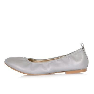 Womens Grey Ballet Pumps - predominant colour: light grey; occasions: casual, creative work; material: faux leather; heel height: flat; toe: round toe; style: ballerinas / pumps; finish: plain; pattern: plain; season: s/s 2016; wardrobe: basic