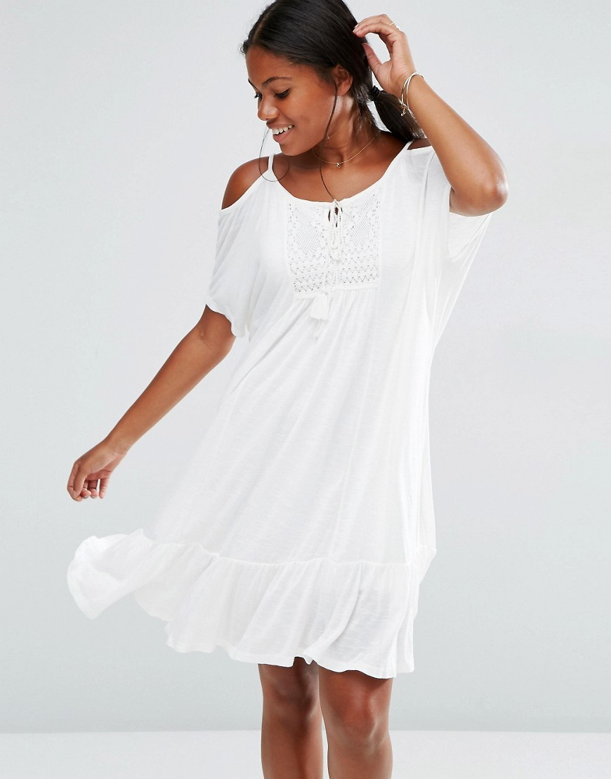 Tiered Cami Dress Snow White - style: trapeze; neckline: round neck; fit: loose; pattern: plain; predominant colour: white; occasions: casual; length: just above the knee; fibres: polyester/polyamide - 100%; shoulder detail: cut out shoulder; sleeve length: half sleeve; sleeve style: standard; pattern type: fabric; texture group: jersey - stretchy/drapey; season: s/s 2016; wardrobe: highlight
