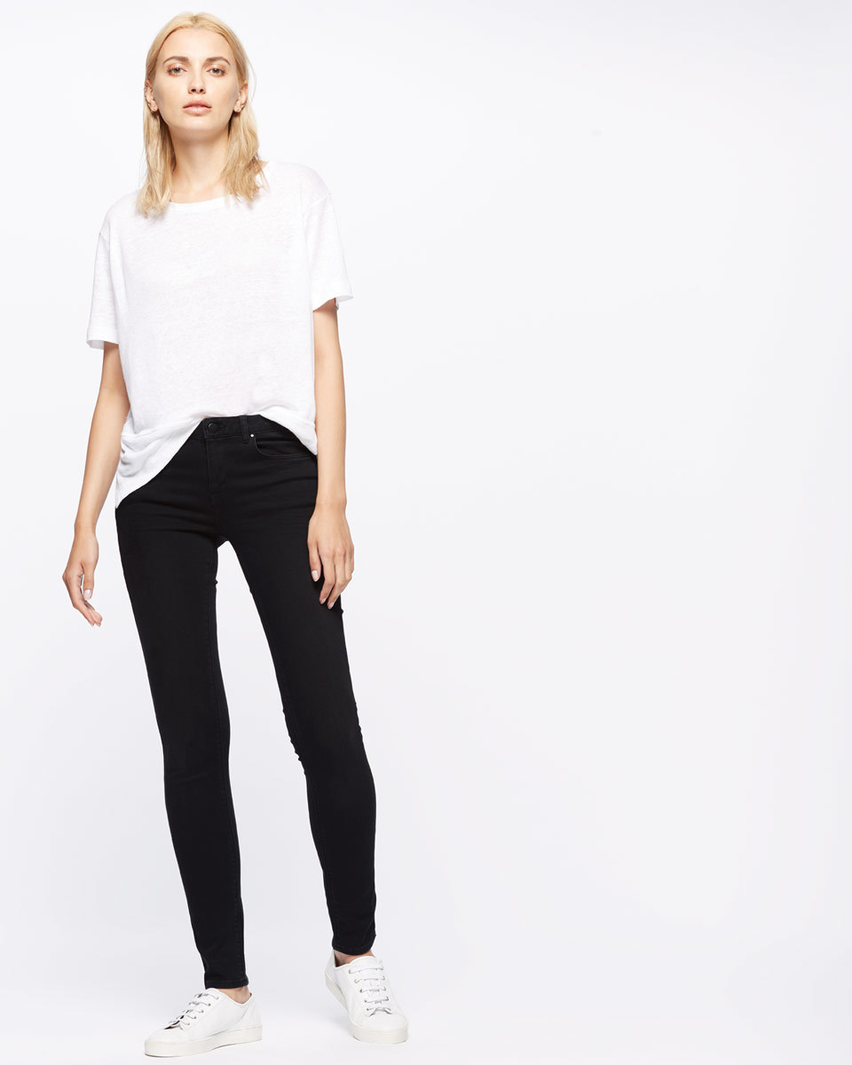 30 Inch Richmond Black Skinny Jeans - style: skinny leg; length: standard; pattern: plain; pocket detail: traditional 5 pocket; waist: mid/regular rise; predominant colour: black; occasions: casual, creative work; fibres: cotton - stretch; texture group: denim; pattern type: fabric; season: s/s 2016; wardrobe: basic