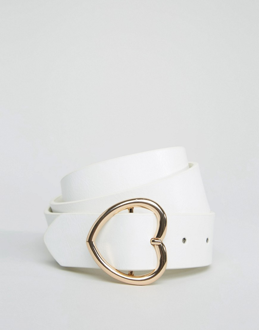 Heart Buckle Waist And Hip Belt White - predominant colour: white; occasions: casual, creative work; type of pattern: standard; style: classic; size: standard; worn on: hips; material: faux leather; pattern: plain; finish: plain; season: s/s 2016