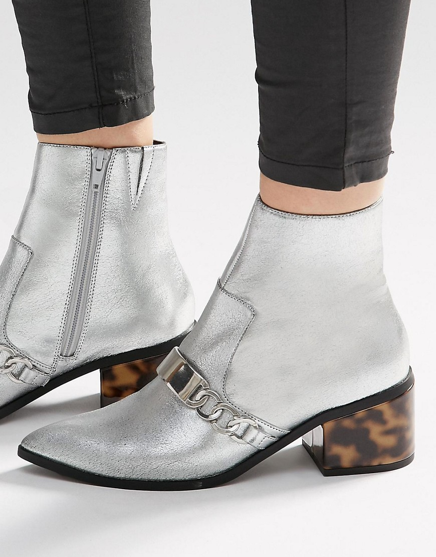 Rasqual Pointed Ankle Boots Silver - predominant colour: silver; occasions: casual, creative work; material: faux leather; heel height: mid; heel: block; toe: pointed toe; boot length: ankle boot; style: standard; finish: metallic; pattern: plain; embellishment: chain/metal; season: s/s 2016; wardrobe: highlight