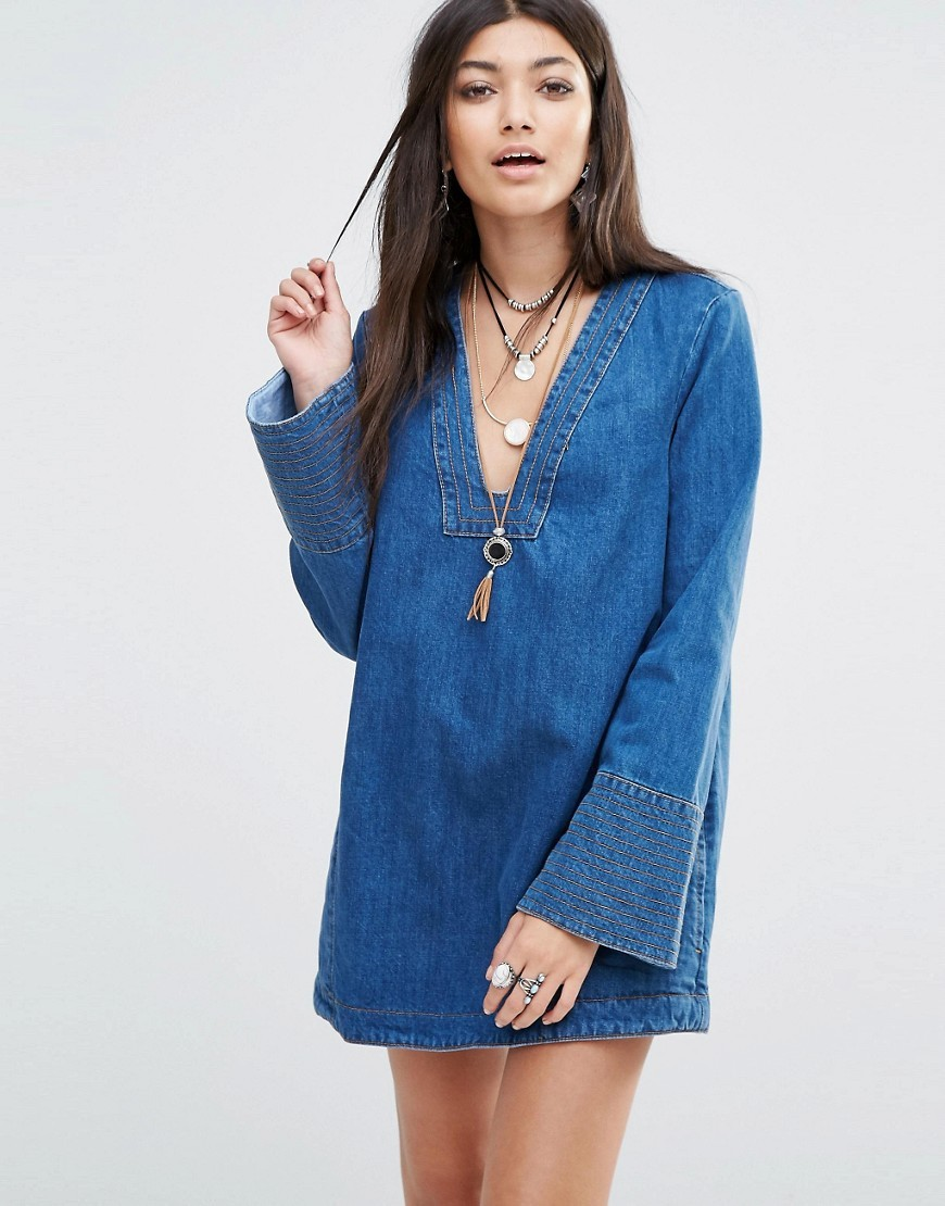 Tunic Dream Top In Denim Hendrix Blue - neckline: low v-neck; pattern: plain; length: below the bottom; predominant colour: denim; occasions: casual, creative work; style: top; fibres: cotton - 100%; fit: straight cut; sleeve length: long sleeve; sleeve style: standard; texture group: denim; pattern type: fabric; season: s/s 2016; wardrobe: basic