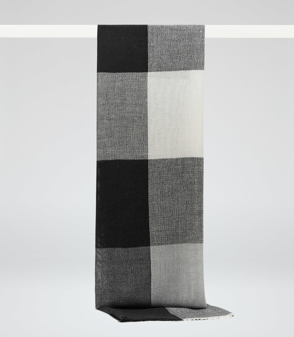 Ginny Womens Checked Scarf In Black - secondary colour: mid grey; predominant colour: black; occasions: casual; type of pattern: large; style: regular; material: fabric; pattern: checked/gingham; size: small; season: s/s 2016; wardrobe: highlight