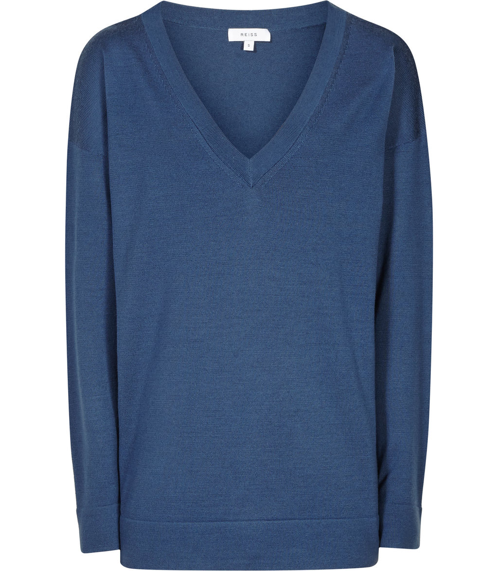 Leila Womens V Neck Jumper In Blue - neckline: v-neck; pattern: plain; style: standard; predominant colour: teal; occasions: casual; length: standard; fibres: wool - 100%; fit: standard fit; sleeve length: long sleeve; sleeve style: standard; texture group: knits/crochet; pattern type: knitted - fine stitch; season: s/s 2016; wardrobe: highlight