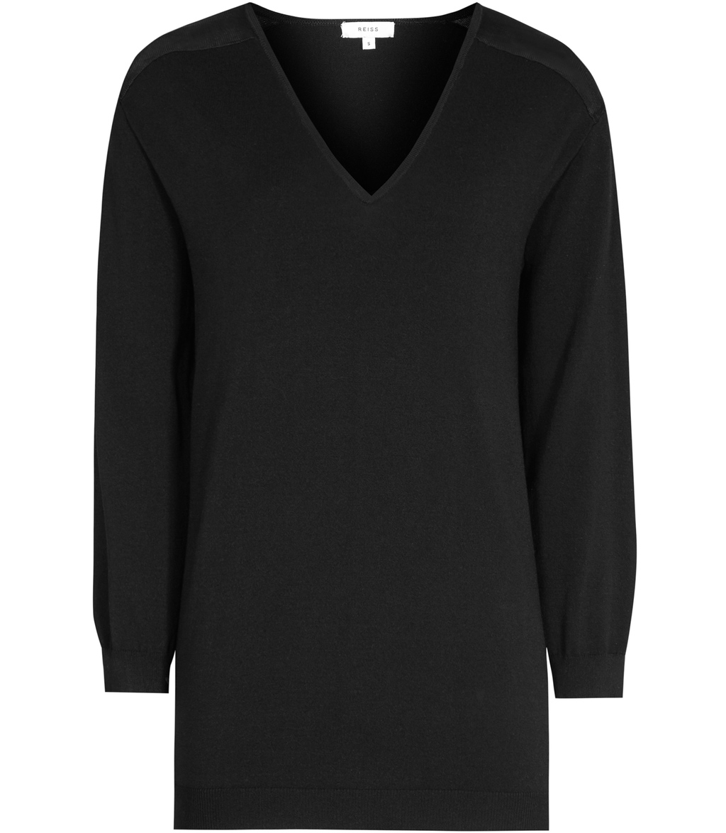 Rhianna Womens Knitted V Neck Top In Black - neckline: v-neck; pattern: plain; predominant colour: black; occasions: casual; length: standard; style: top; fibres: viscose/rayon - 100%; fit: body skimming; sleeve length: long sleeve; sleeve style: standard; texture group: knits/crochet; pattern type: knitted - fine stitch; season: s/s 2016; wardrobe: basic